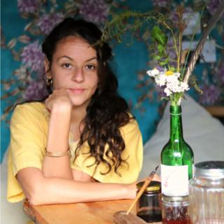Lora Aziz